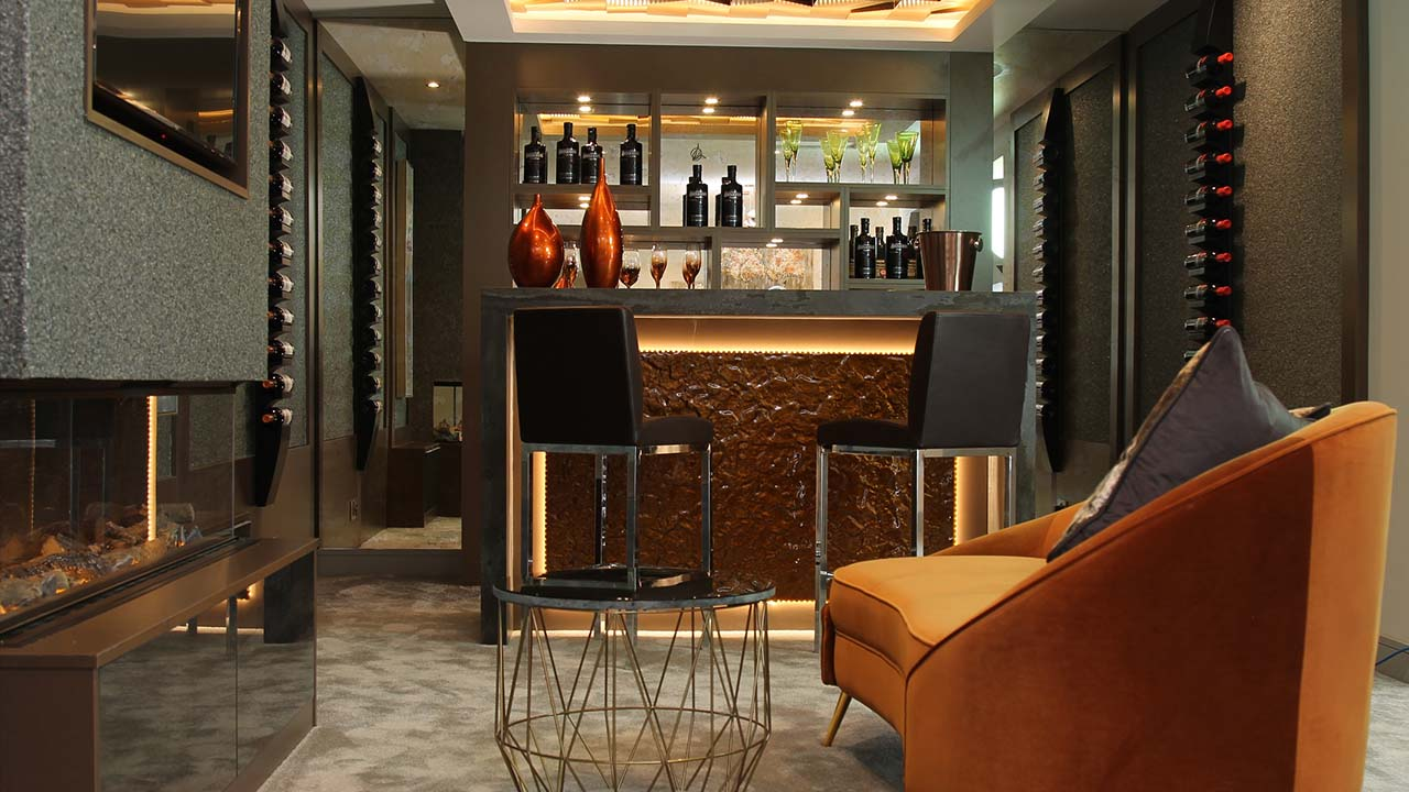 Showroom Interior Bar
